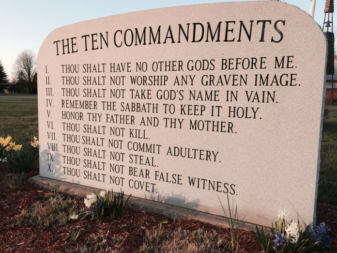 Ten 10 Commandments