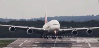 plane landing