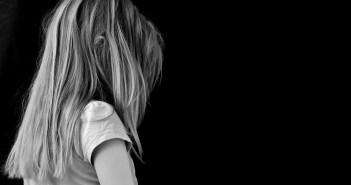 sad girl_child