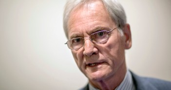 Don Siegelman finishes probation for bribery
