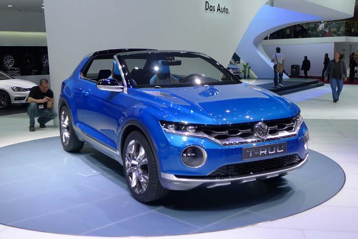 Volkswagen fylder op i sprækkerne på modelpaletten, bl.a. med den kompakte og fleksible SUV-model T-Roc med tag, som kan pilles af.