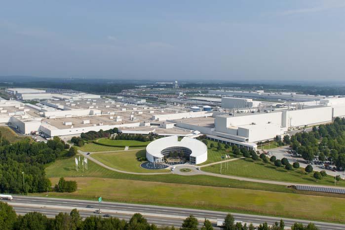 BMW vil investere godt 5,4 mia. kr. i udvidelse af Spartanburg-fabrikken, så denne får kapacitet til at producere såvel den kommende X7'er som en plug-in hybridversion af X5'eren.