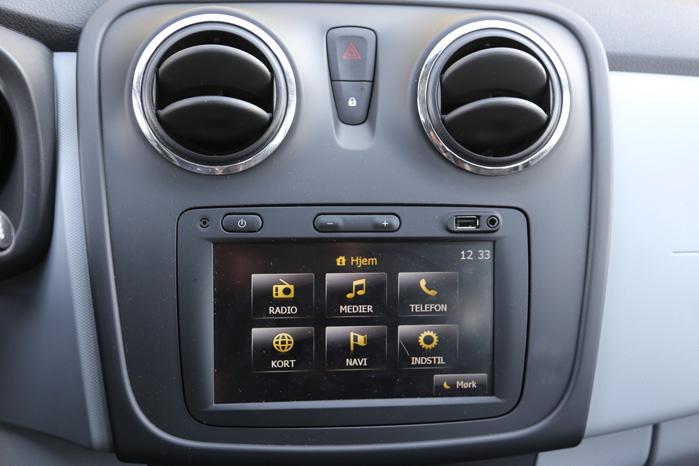 Medianav med GPS, Europakort og Bluetooth er hentet direkte fra Renault, hvor det kom i den nye Clio sidste år