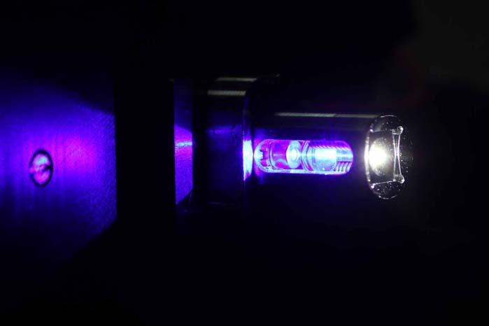 LED- og laserlygter er mindre pladskrævende, og det giver designafdelingerne friere hænder og muligheder for nye kreative løsninger.