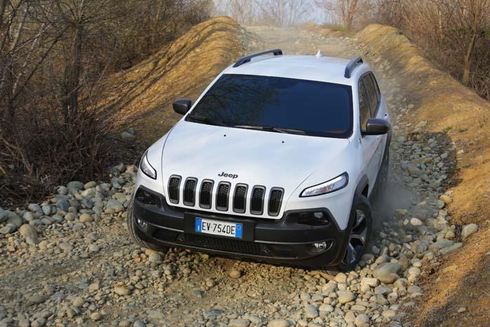 I terrænet er en Jeep altid i sit es.