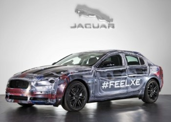 Jaguar XE er den første til at modtage den nye Ingenium motor
