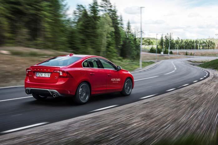 Vejen frem på den trafiksikre Volvo går via det nye testcenter AstaZero i Sverige.