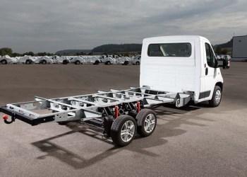 Al-Ko AMC-chassis nu med elektronisk stabilitetsprogram og advarsel mod utilsigtet vognbaneskift.