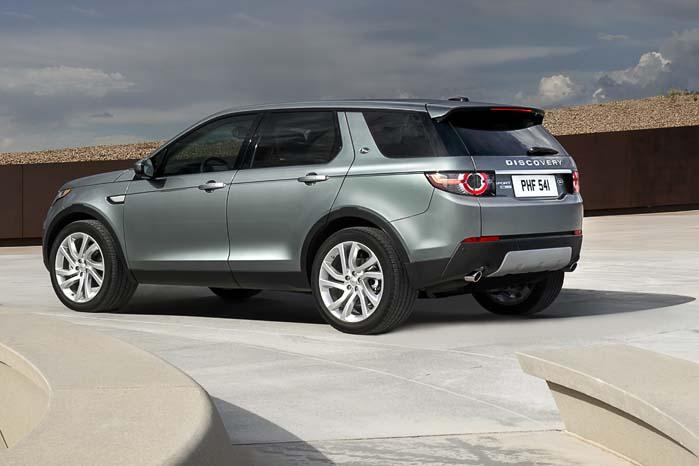 Med Discovery sport har Land Rover stort set fornyet hele modelprogrammet. Nu mangler der blot en ny Defender