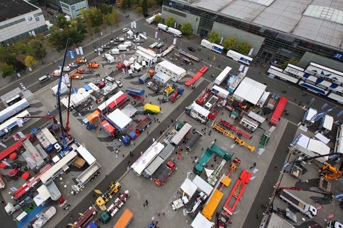 IAA 2014 rummer det hele, fra små varebiler til monster-trucks, maskiner på larvefødder og kraner.