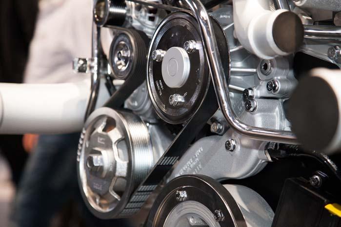 Ny teknologi byder på stadig mere effektive og økonomiske bilmotorer.