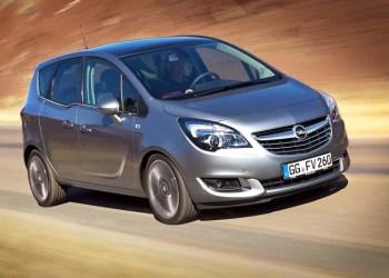 Opel Meriva med den nuværende MPV-profil, men den står til en transformering som SUV - eller som Opel vistnok foretrækker at kalde det: CUV - Crossover Utility Vehicle.