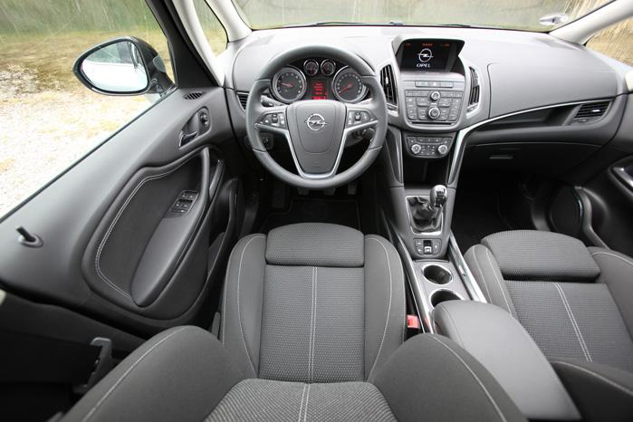 Zafira Tourer van er en af klassens mest komfortable og velindrettede biler. Med den kraftigt vibrationsdæmpede dieselmotor bliver det næppe ringere i fremtiden