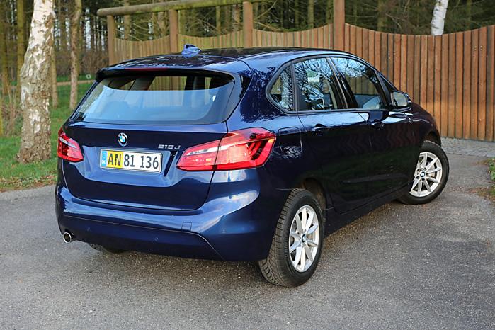 Praktisk bagsmæk i helt ny udgave men med tydelige SUV-træk. Den er godt ramt i et for BMW helt nyt segment