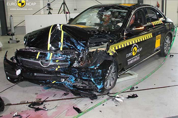 Mercedes-Benz C-klasse - en af sidste års 5-stjernede topscorere i Euro NCAP-testen.