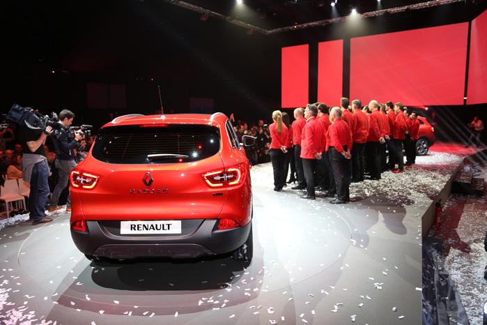 Hele design- og udviklingsteamet bag Renault Kadjar blev kom på scenen under den officielle præsentation i Paris