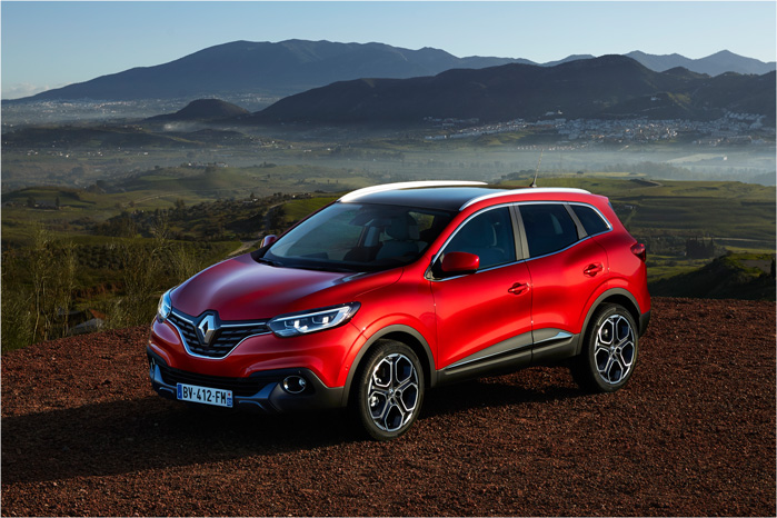 Nu er spørgsmålet, om kunderne vil holde fast i den godt gennemprøvede Qashqai eller gå efter den lidt fiksere Renault