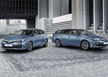 Toyotas nye 5-dørs Auris - både som hatchback og stationcar og med turboladet benzinmotor på 1,2 liter.