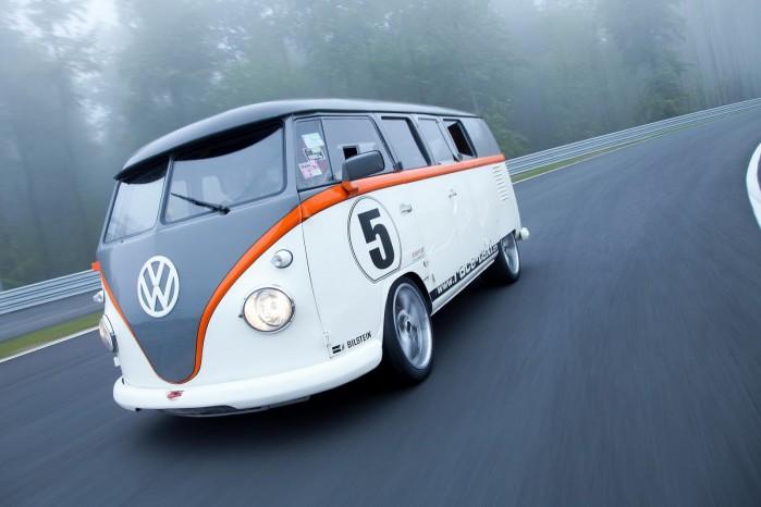 Denne T1 ligner alle andre, men i virkeligheden er det en ondskabsfuld racer, der kan tvære en Porsche ud på bane