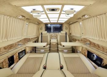 Kabinen er et sandt overflødighedshorn i luksus og har både minibar og biometrisk pengeskab.