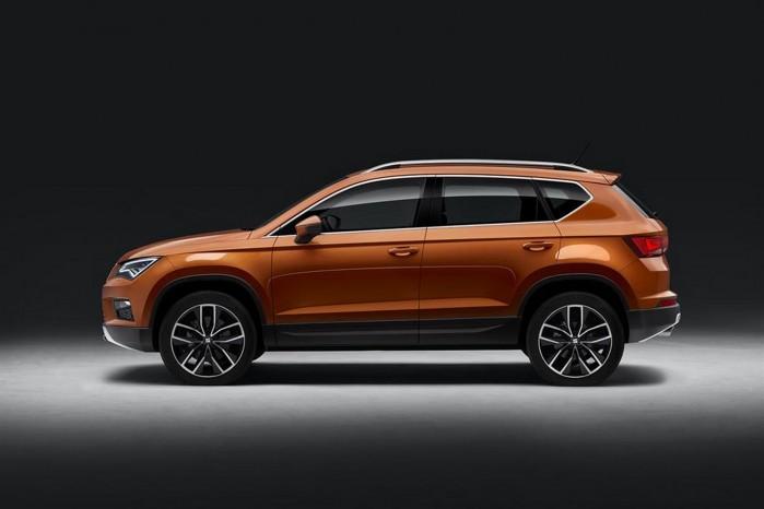Ateca baseres på VW-koncernens MQB-platform og fås både forhjuls- og firehjulstræk.