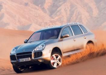 Porsche Cayenne tilbagekaldes også. Her ses originalen fra 2002.