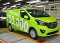 Her på fabrikken med det lave loft i Luton blev Opel Vivaro nummer 750.000 bygget