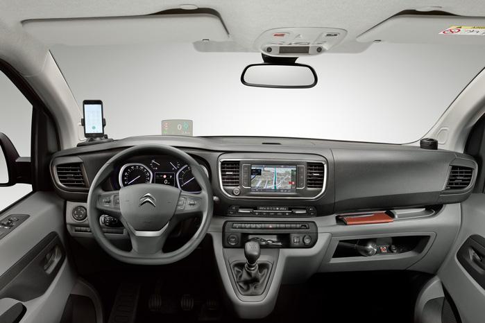 Man aner en snert af personbilernes instrumentbord helt ned til mikrobilernes ligefremme streg