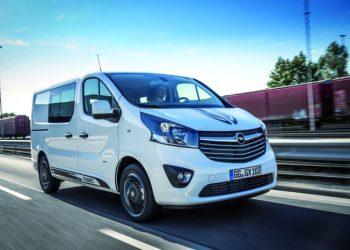 Opel Vivaro Sport er blevet mere frisk at se på med 17 tommer fælge og sorte fartstriber.