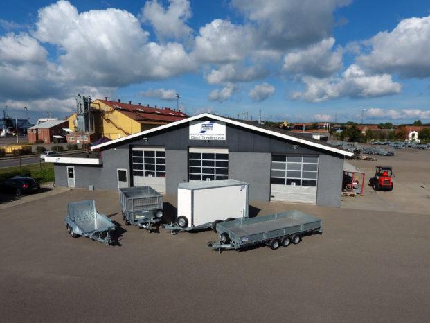 Ifor Williams holder til på havnen i Kalundborg.