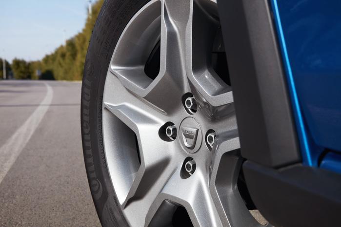 Dacia Sandero Stepway får specialdesignede stålfælge, der ligner alu og kan skiftes for en slik, hvis du ødelægger dem