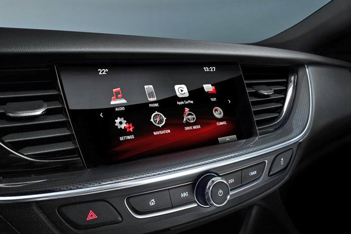 En usædvanligt velintegreret touch-skærm er hjertet i infotainment-systemet, som også kan indeholde wifi hotspot