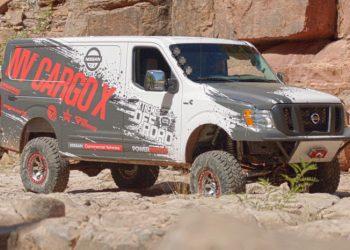 Den normale Nissan NV Cargo er ikke ligefrem køn - men det pynter altid med store, grove dæk.