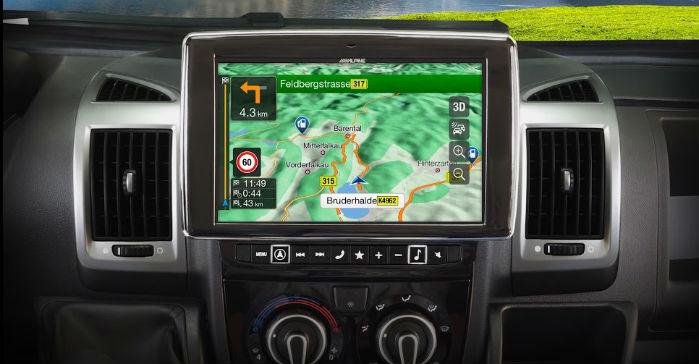 Den medfølgende navigationssoftware hedder iGO Primo NextGen