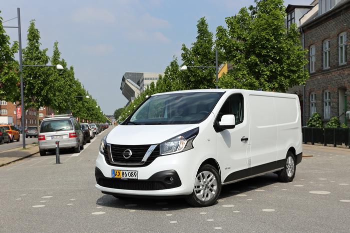 Nissan NV-300 er et par år yngre end sine trillingesøstre, der kom til verden i 2014