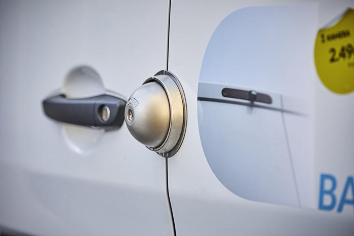 UFO-låsen er en ekstra lås, der gør det meget svært at bryde ind i varebilen