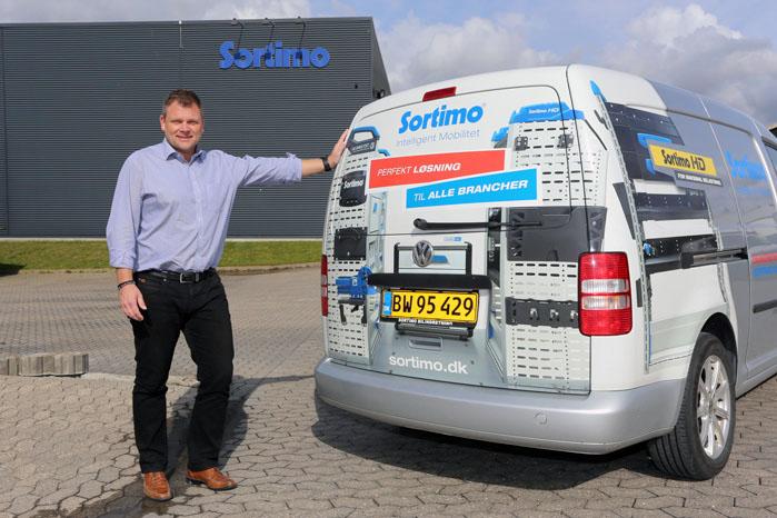 Michael Pettersson fordeler sin tid ligeligt mellem kontorerne i Danmark, Sverige og Norge