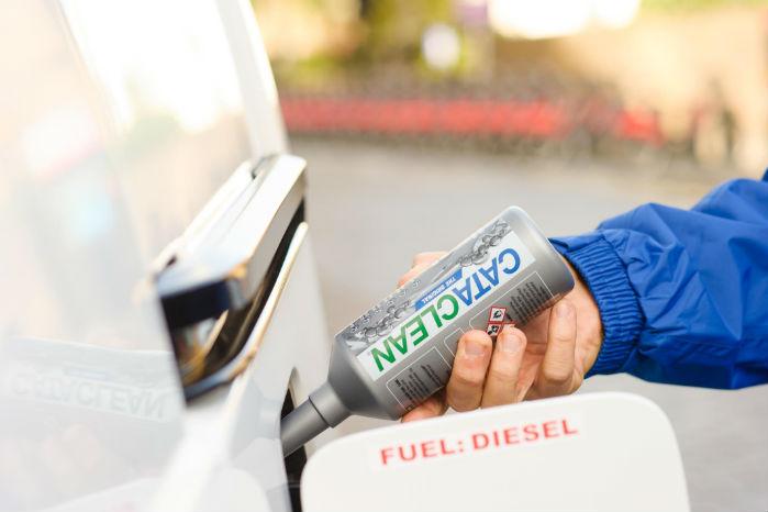 CataClean er et eksempel på et produkt til pleje og rensning af bilers brændstofsystem