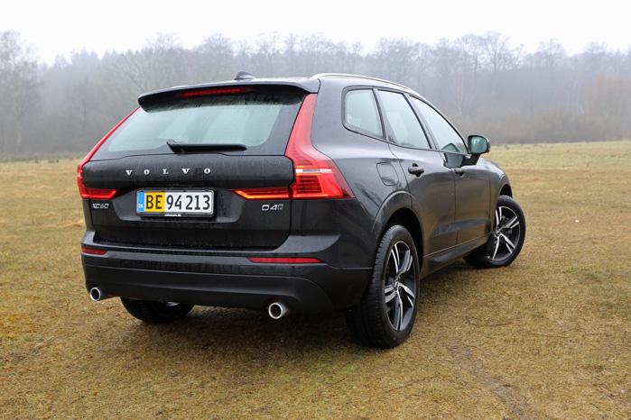 Lavere og bredere. Volvo XC60 har smidt lidt af sit højkantede udtryk