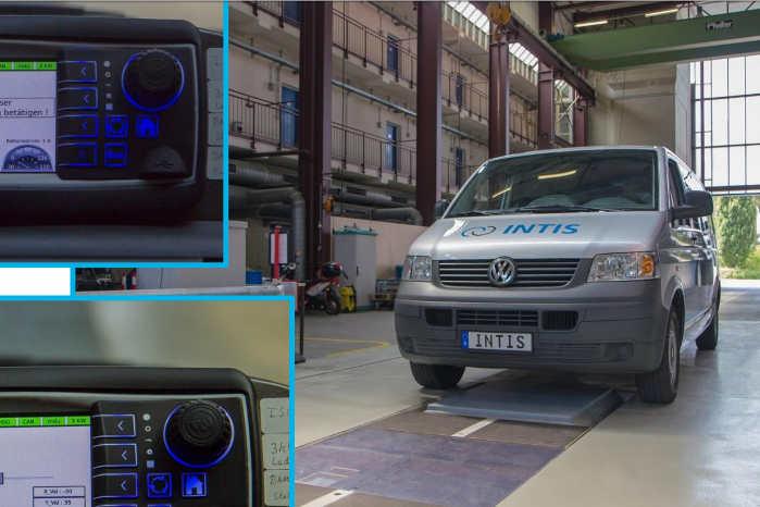 Intis udviklede får år tilbage en positionerings-assistent, der hjælper føreren med at placere bilen rigtigt over ladepunktet