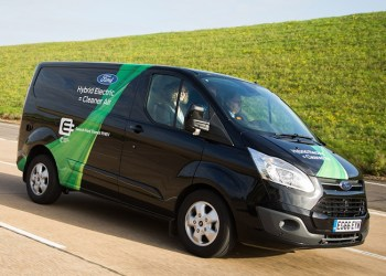 Opladningshybriden Ford Transit Custom PHEV skal nu også testkøres i Valencia
