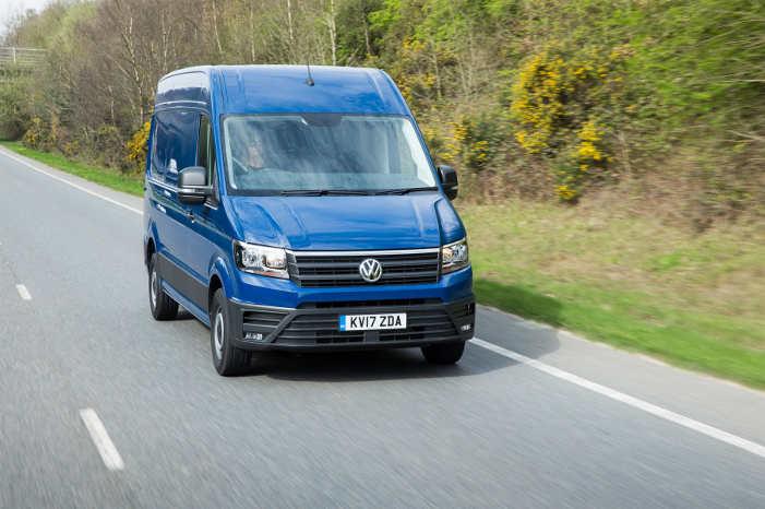 VW er foreløbig det eneste bilmærke i England, der har gjort AEB til standard i alle sine nye varebiler