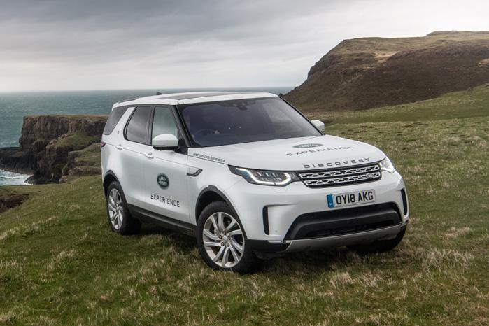 Land Rover Discovery passer butikken alene, mens Defender bliver genopfundet - i tre versioner