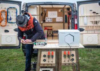 Batteribanken er bærbar og har en kapacitet på 700 Wh. Fotos: Nissan
