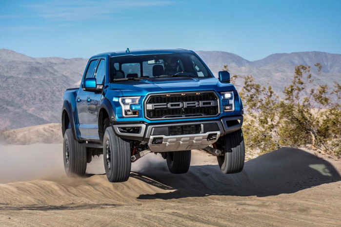 Ford F-150 Raptor er ærkerivalen til RAM Rebel