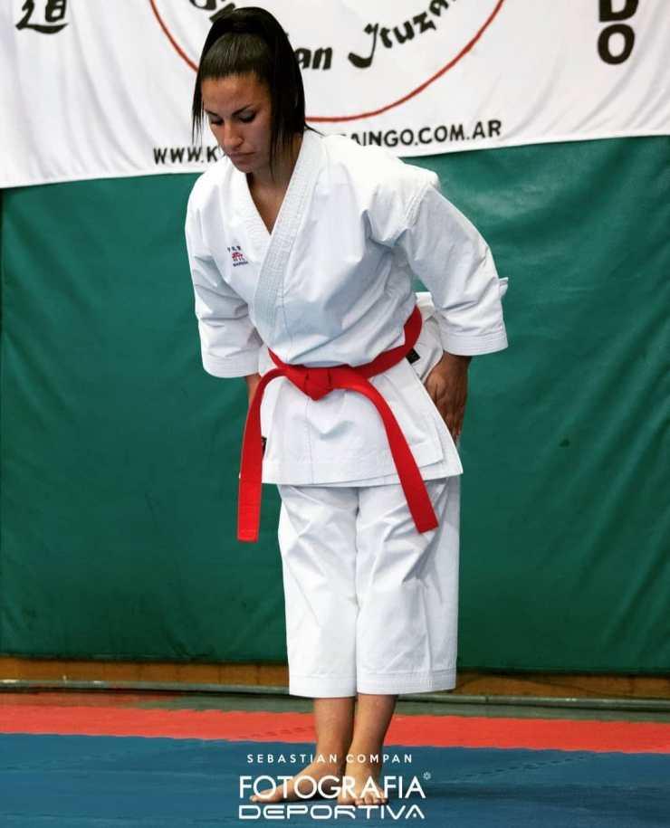 La karateca participó por primera vez de un torneo con modalidad virtual.