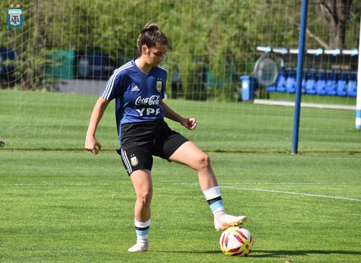 """La temporada pasada """"La Tora"""" tuvo una convocatoria para entrenar con la Selección."""