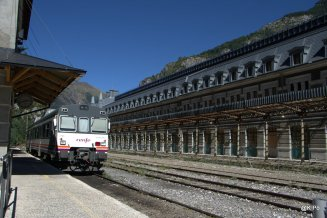 Canfranc ligne Canfranc-Huesca