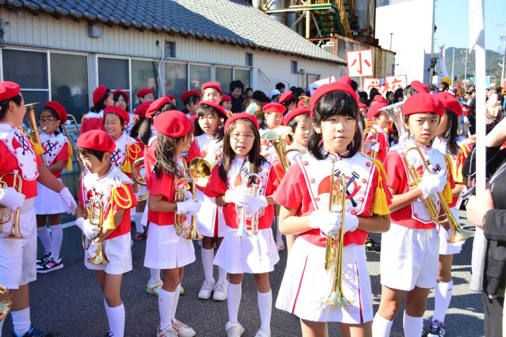 Young but Expert at Marching Band, Tahara Festival