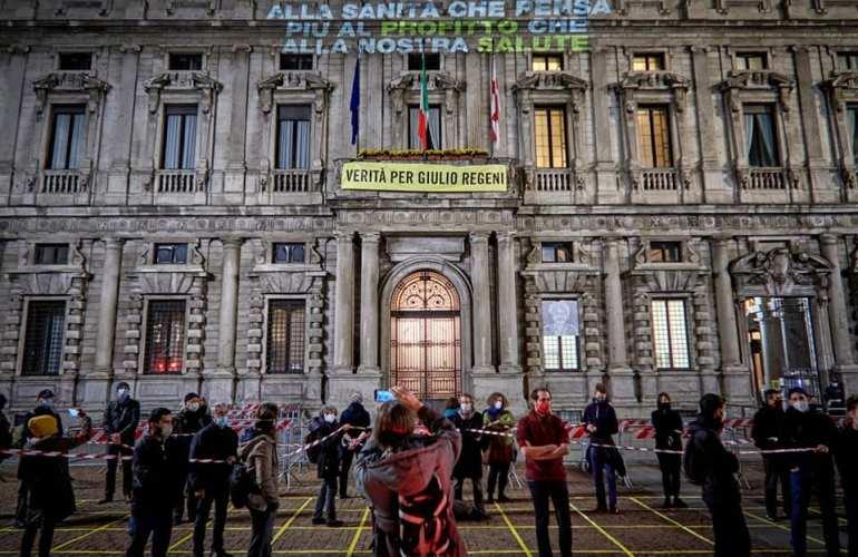 Manifestazione di protesta dei lavoratori dello spettacolo a Milano © Ri-Make